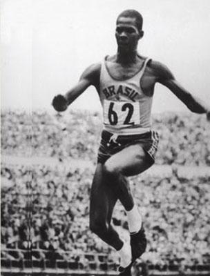 Atleta na década de 40 já usando Adidas. Foto: MSN.com.br
