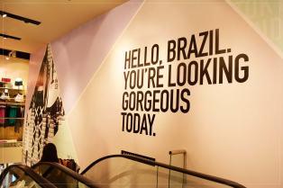 O Brasil fez um coreano feliz - filas e mais filas na abertura da F21 no Morumbi Shopping